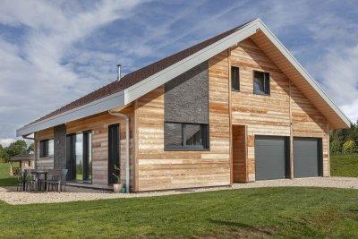 Maison mélèze chauffé et pierre , Le Bélieu (2017)